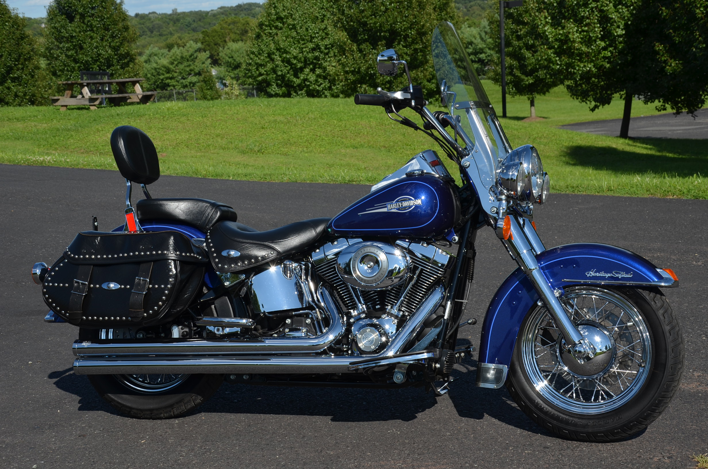 2007 blue harley davidson heritage softail for sale on 2040 motos. Black Bedroom Furniture Sets. Home Design Ideas