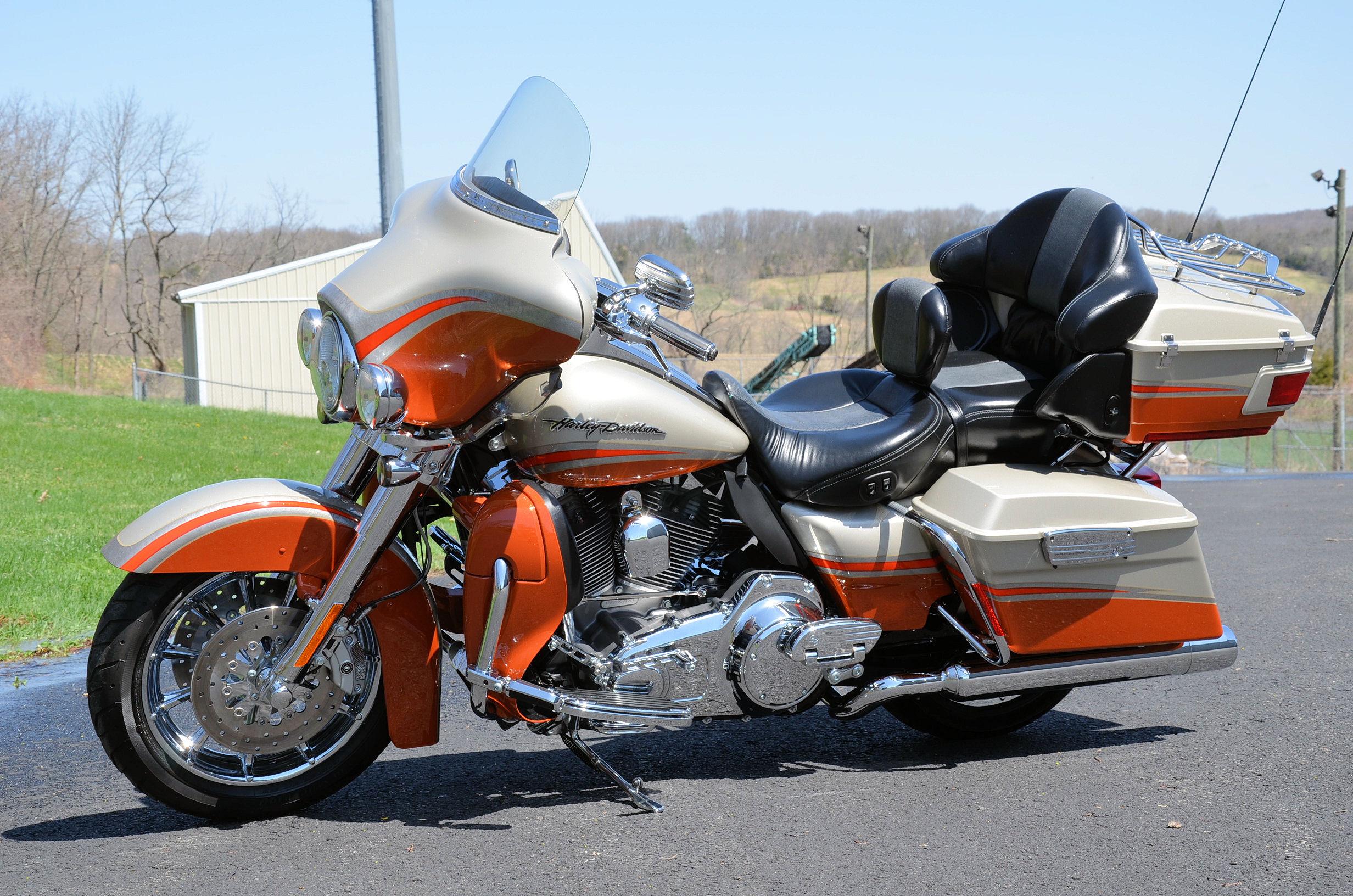 2011 Harley Davidson Electra Glide Ultra Classic Limited Flhtk
